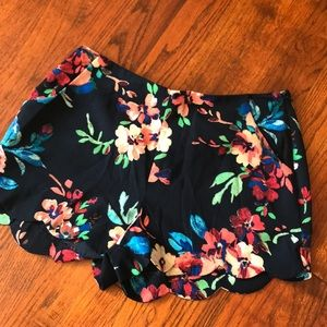 Boutique shorts with pockets!